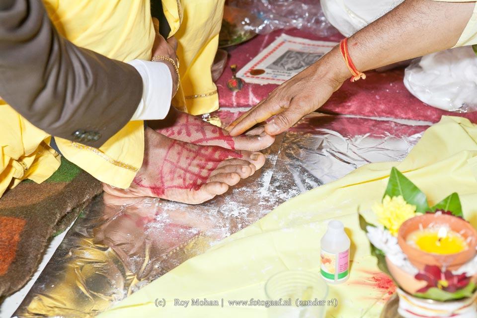 http://www.fotogaaf.nl/fotogaaf-trouwfotograaf-den-haag-zichtenburg-trouwen-vivaah-vivah-biha-bija/large/fotogaaf-trouwfotograaf-den-haag-zichtenburg-trouwen-vivaah-vivah-biha-bija